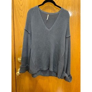 La Brea V Neck Sweater